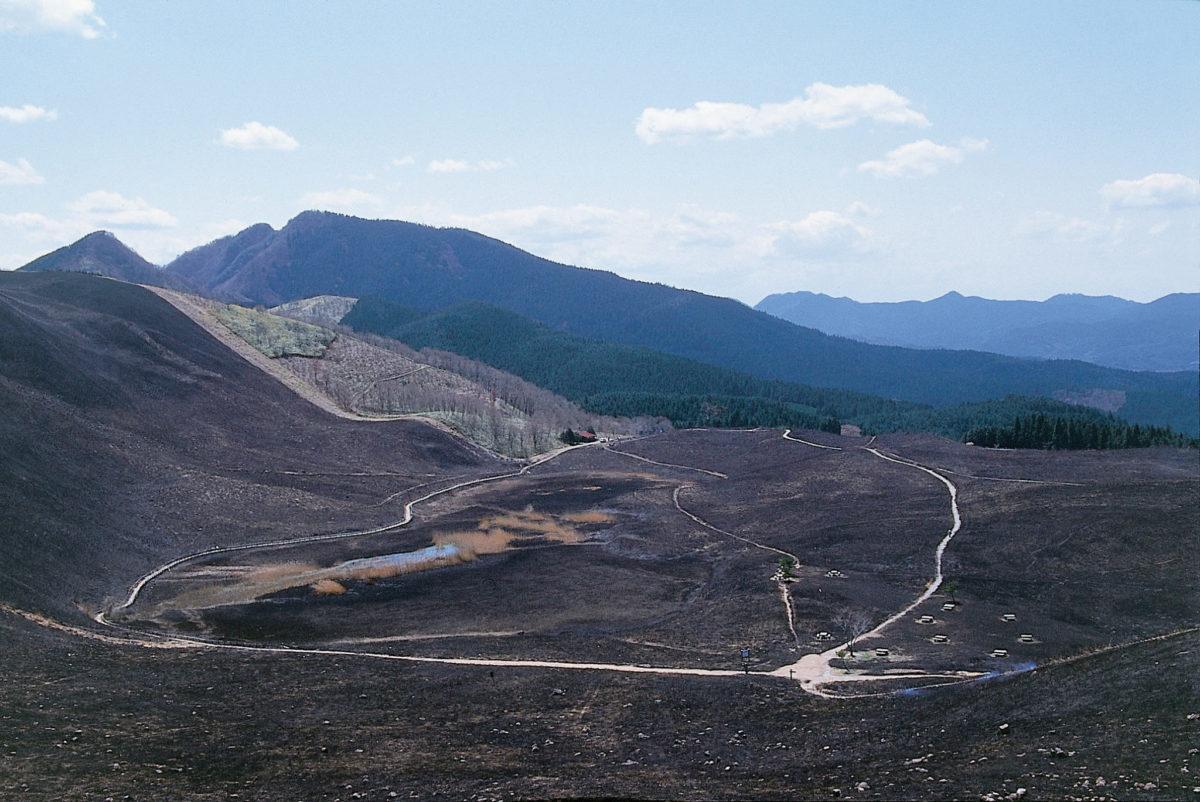 [2-3月]山焼き後の曽爾高原