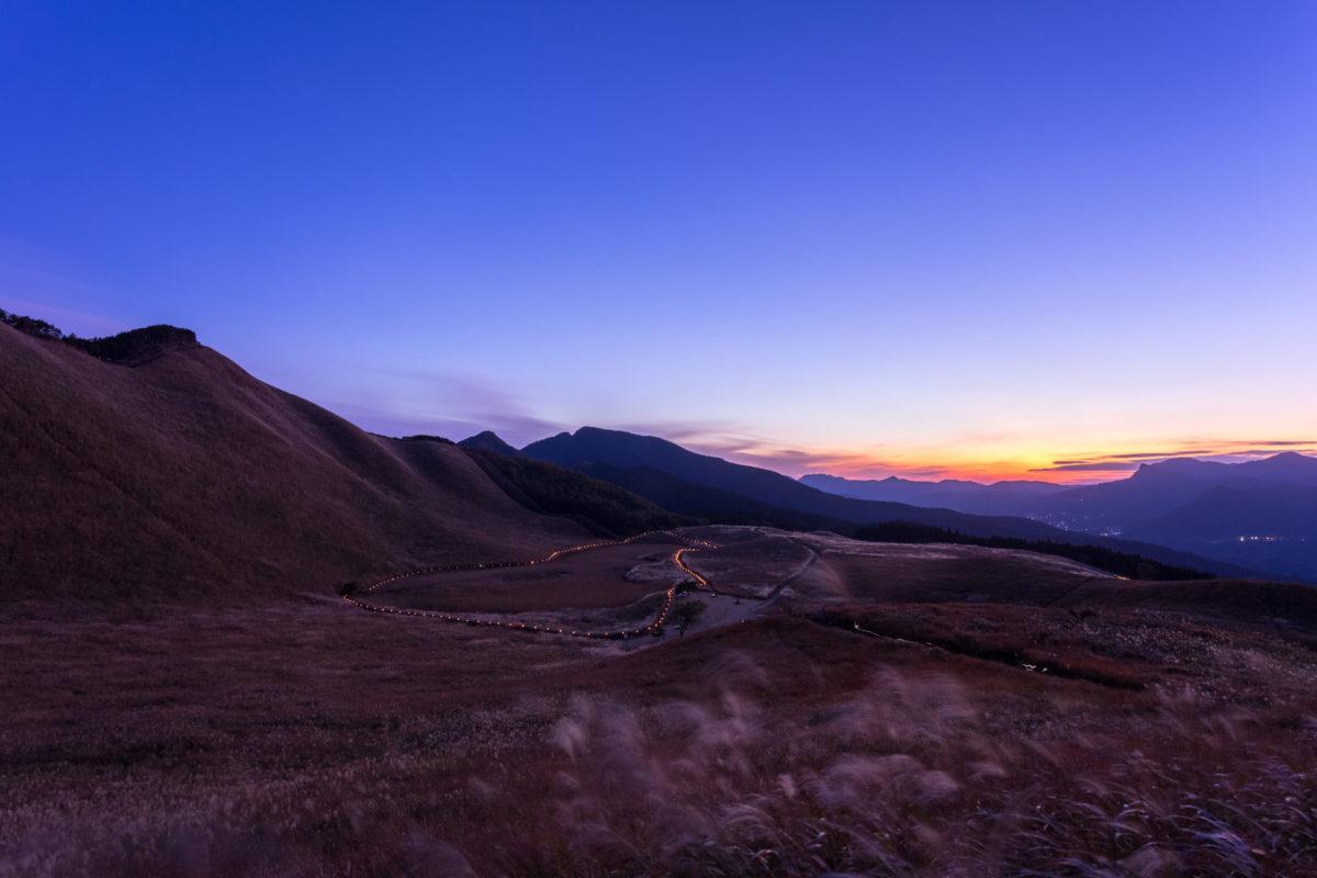 夕陽の曽爾高原
